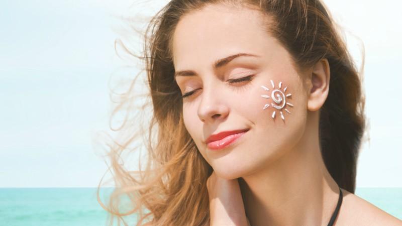 Các bước dùng kem chống nắng khi trang điểm - Vanesa Beauty Korea